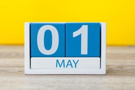 קוביות תאריך חודש מאי